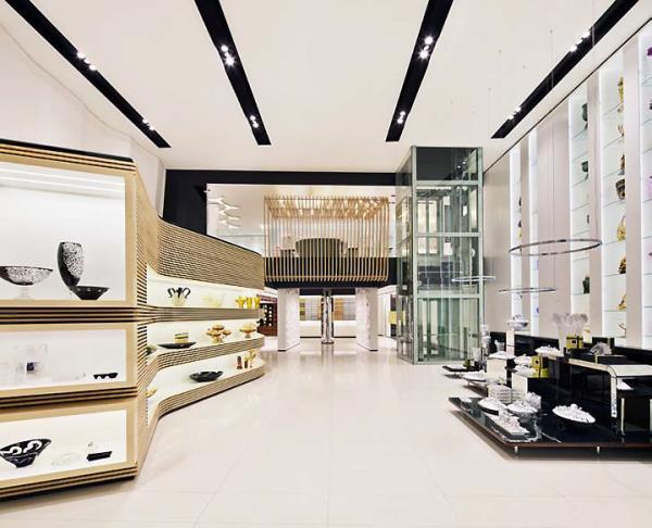 طراحی سقف و کف فروشگاه